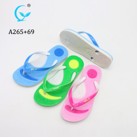 China fashion beach spa plastic slippers cheap wholesale personalized massage flip flops,sandals
