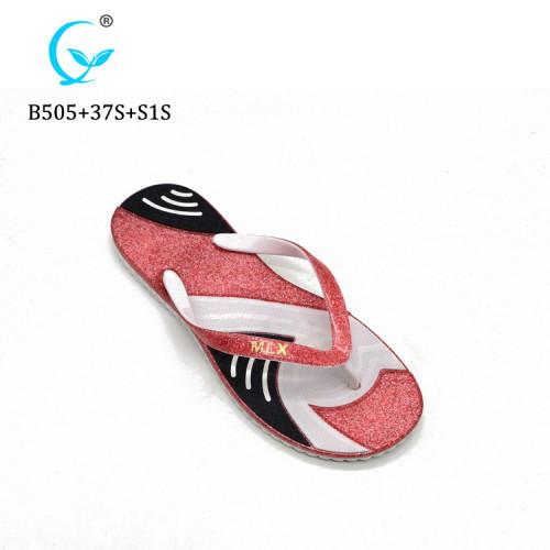 Summer beach flip flops cheap slippers fashion sandals made in China