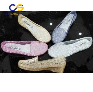 PVC women sandals women sandals jelly slipper with wholesale price for old lady