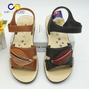Wholesale price PVC women slipper sandals outdoor durable sandals for women