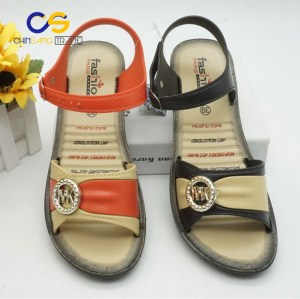 Factory supply old lady outdoor sandals anti slide PVC women sandals