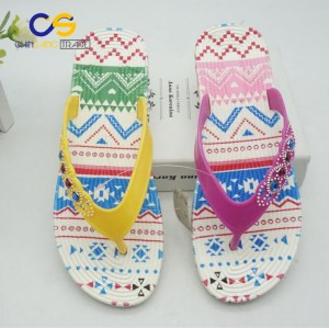 2017 fashion PVC women flip flops indoor outdoor beach slipper for women