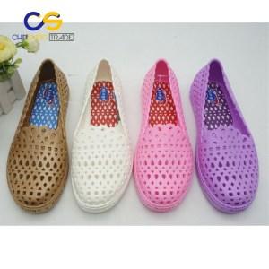 PVC women clogs durable clogs women garden shoes from Wuchuan