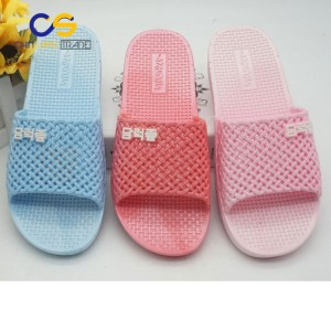 Summer indoor bathroom washable women slipper with holes