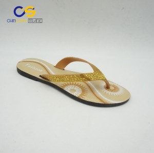 Simple PVC outdoor women flip flops with low price