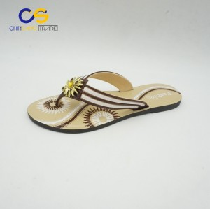 2017 new design summer outdoor women flip flops with good quality