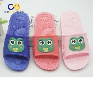 2017 new design PVC indoor outdoor beach slipper sandals for school boys and girls