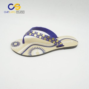 High quality promotional outdoor women slipper shoes