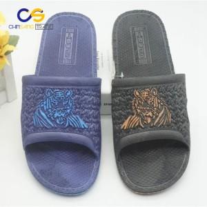 2017 new design PVC men slipper sandals indoor outdoor slide sandal for men