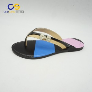 2017 new design fashion women flip flops PVC women outdoor slipper shoes