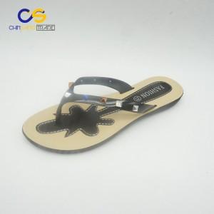 New design PVC women flip flops with beads