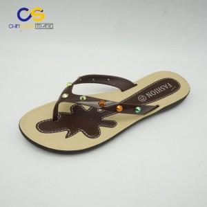 2017 new arrival women summer outdoor flip flops with factory supply