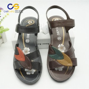 Wholesale price air blowing women sandals outdoor casual sandals for lady