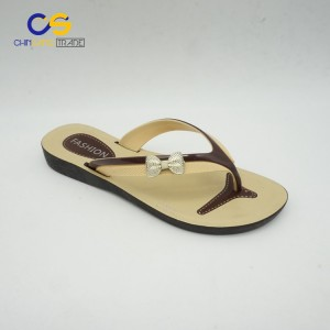 2017 hot sale PVC women flip flops indoor outdoor slipper shoes for lady