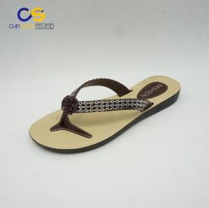 2017 new design PVC women flip flops outdoor beach women slipper shoes