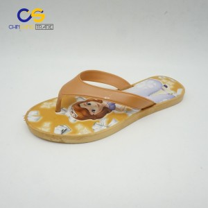 Simple PVC women flip flops new elegant flat flip flops for women
