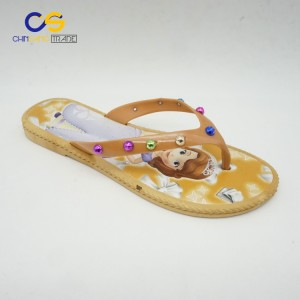 2017 new elegant PVC women flip flops bright color women slipper with beads