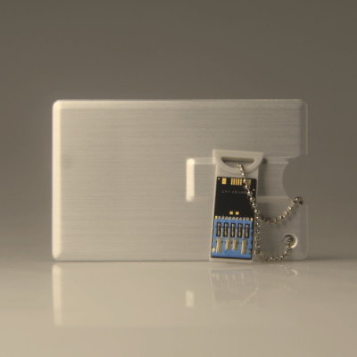 Extractable usb pendrive credit card style in aluminium