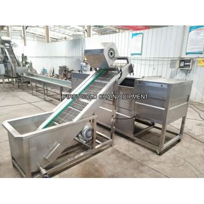 Las patatas fritas de 100kg / h Forzen que hacen la máquina para la patata de la fábrica fríe la cadena de producción