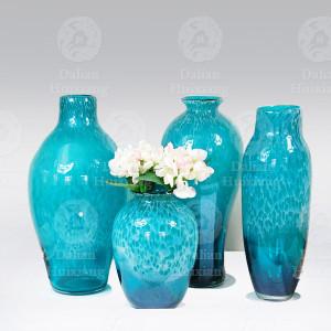 المزهريات الزجاجية المعاصرة الأزرق Handblown مع علامة تدفق الأبيض للديكور المنزل