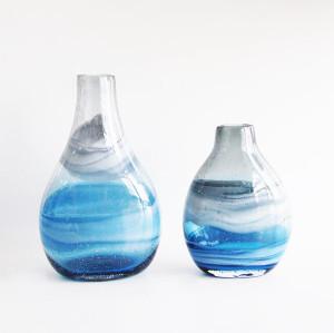 Swirl Glass Short Bulb Vase