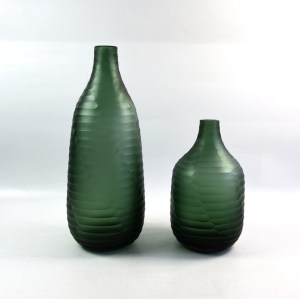 Hand Blown Atrovirens Frosted Cutting Glass  Vase