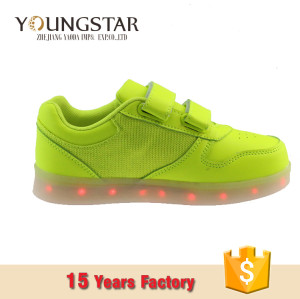 2018 New arrive Popular Kids Boys Girls LED Light Up  Led Shoes Sport