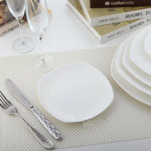 Square dinner plate, irregular dish, snack tray