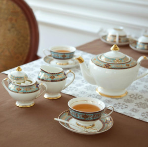 British afternoon tea set