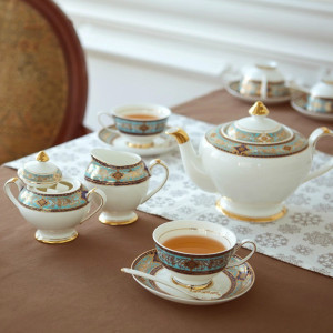 British afternoon tea set