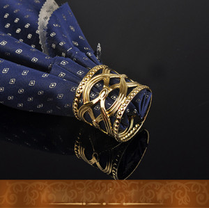 Wedding use 2017 new design hot sale golden and white color fashionable napkin ring