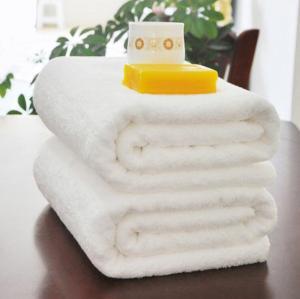 厂家批发酒店宾馆布草 纯棉毛巾浴巾白色柔软加大加厚全棉医疗巾