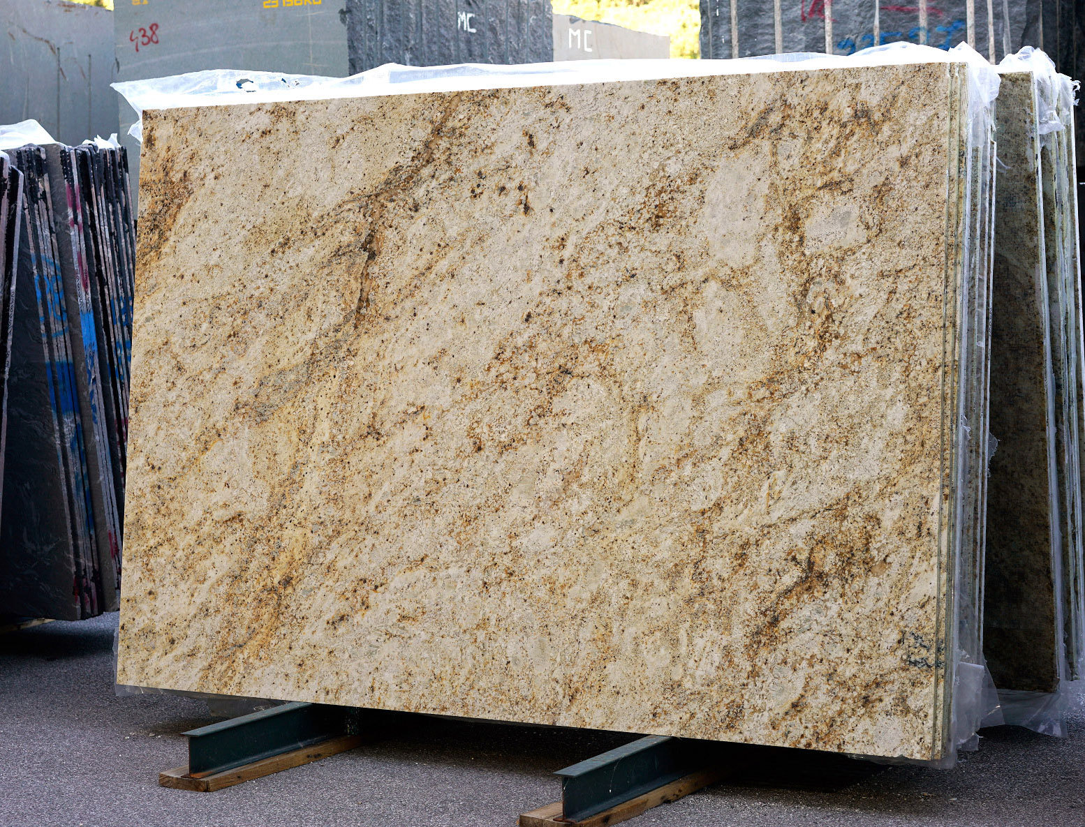Chinese Natural Quarry African Gold Granite African Yellow