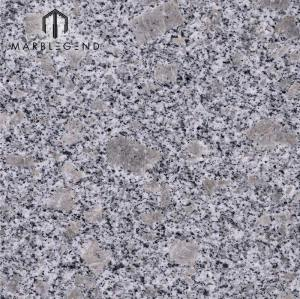 Teja de granito de la flor de la perla del granito del blanco de la piedra natural china