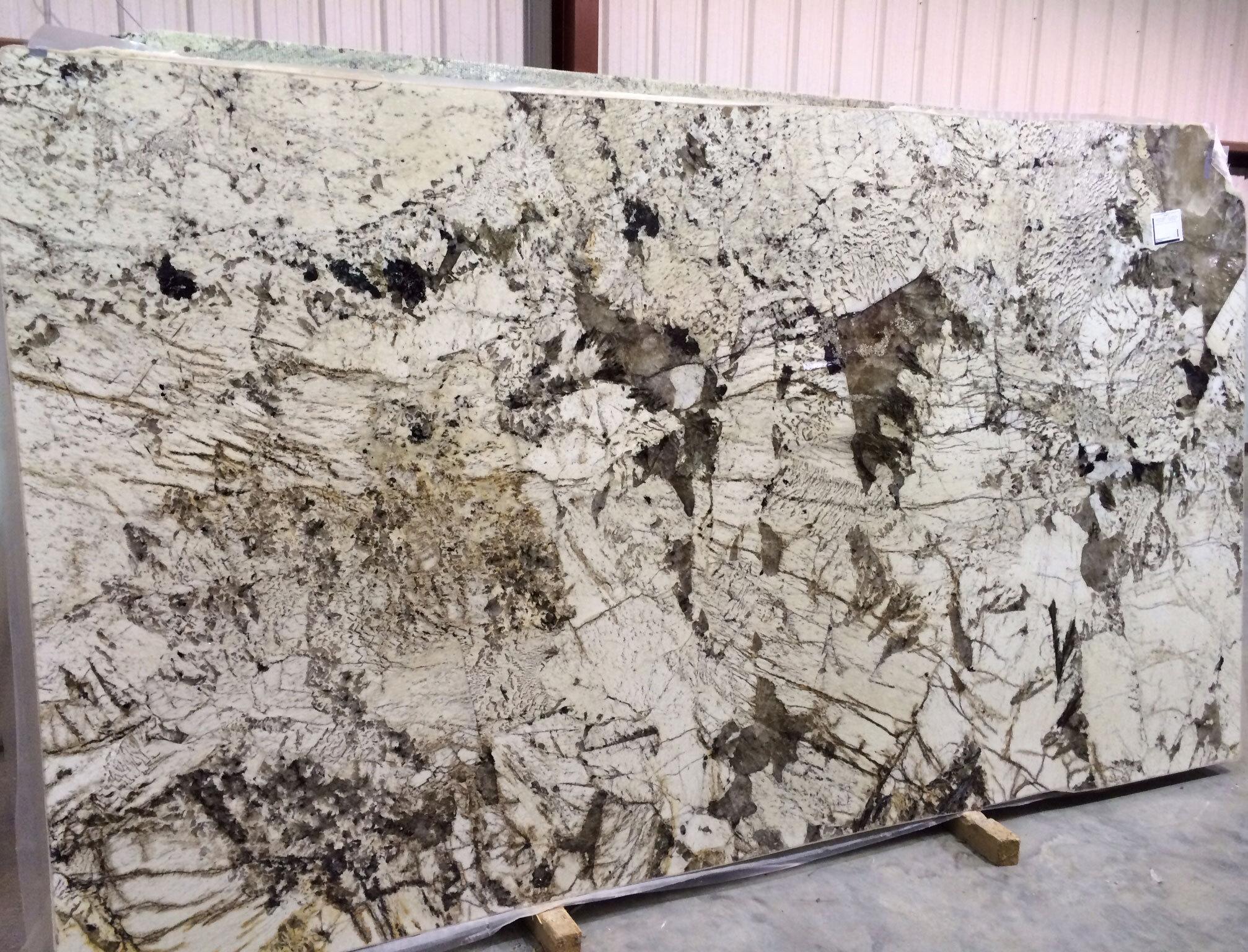 White Granite Slabs Delicatus Antique