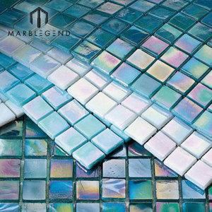 Teja de mosaico de cristal azul del mosaico de cristal del diseño de China para la piscina
