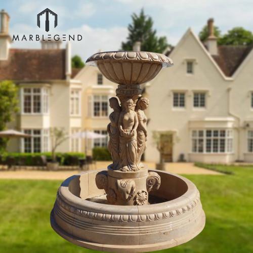 Jardín exterior contemporáneo de mármol beige con fuente de agua y figura estatua