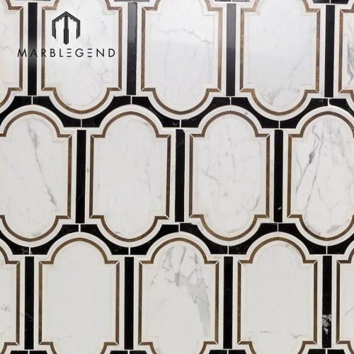 Backsplash de la cocina Inara cavalier latón mármol mosaico waterjet azulejo
