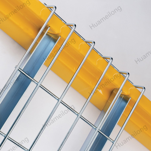 Warehouse welded galvanized steel storage flare waterfall wire mesh decking railing for pallet racks