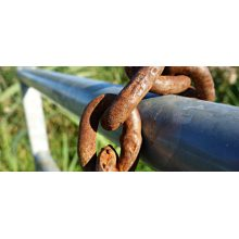 How to protect steel from corrosion?