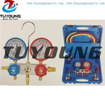 Auto ac service tool box with manifold gauge set with recycling aluminum valve & Stainless steel oil gauge