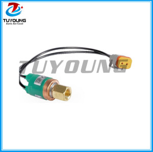 87366051 Auto air conditioner pressure switch pressure sensor New Holland MB series CR CX
