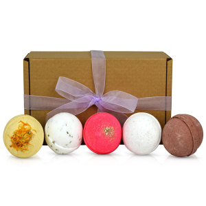 beautiful bath bombs gift set
