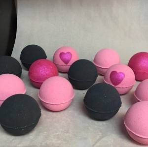 Custom Bath Frizzer colorfull bathbombs special shape bathbombs