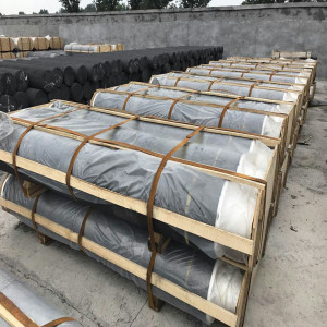 SHP graphite electrodes with high bulk density and