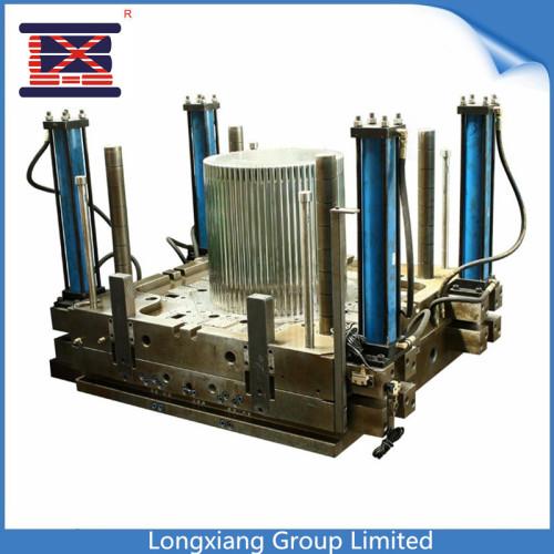 Usine de moulage par injection en plastique de Longxiang