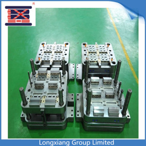 Moules en plastique d'injection de Longxiang / moulage et pièces en plastique de PVC HDPE pp d'ABS