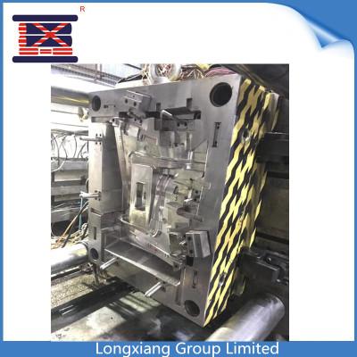 Pièces de rechange automatiques de Longxiang pour le moule / moulage par injection en plastique