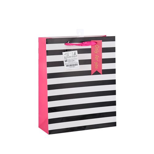 Precio de fábrica Fancy Design Valentine's Day China Bolsa de papel con etiqueta colgante con diferentes tamaños con 4 diseños surtidos en embalaje de palanca