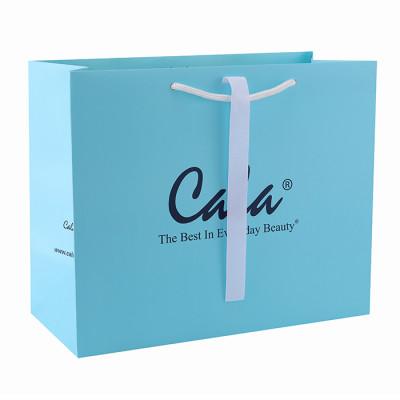 Bolsa de papel de lujo de encargo de la cartulina del regalo de la impresión compensada de encargo con el logotipo en el embalaje de la palanca